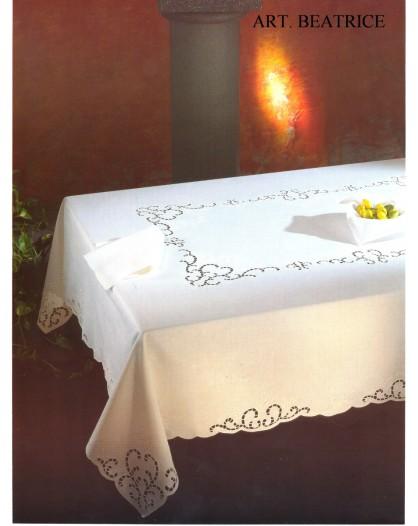 Tovaglia RICAMATA A MANO made in Italy COTONE BEATRICE