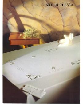 Tovaglia Ricamata A Mano Made In Italy Cotone Duchessa